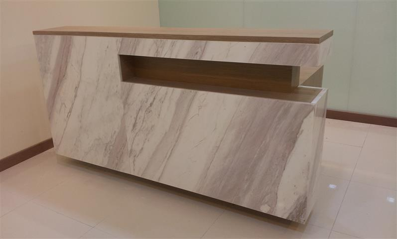 reception desk (Small)